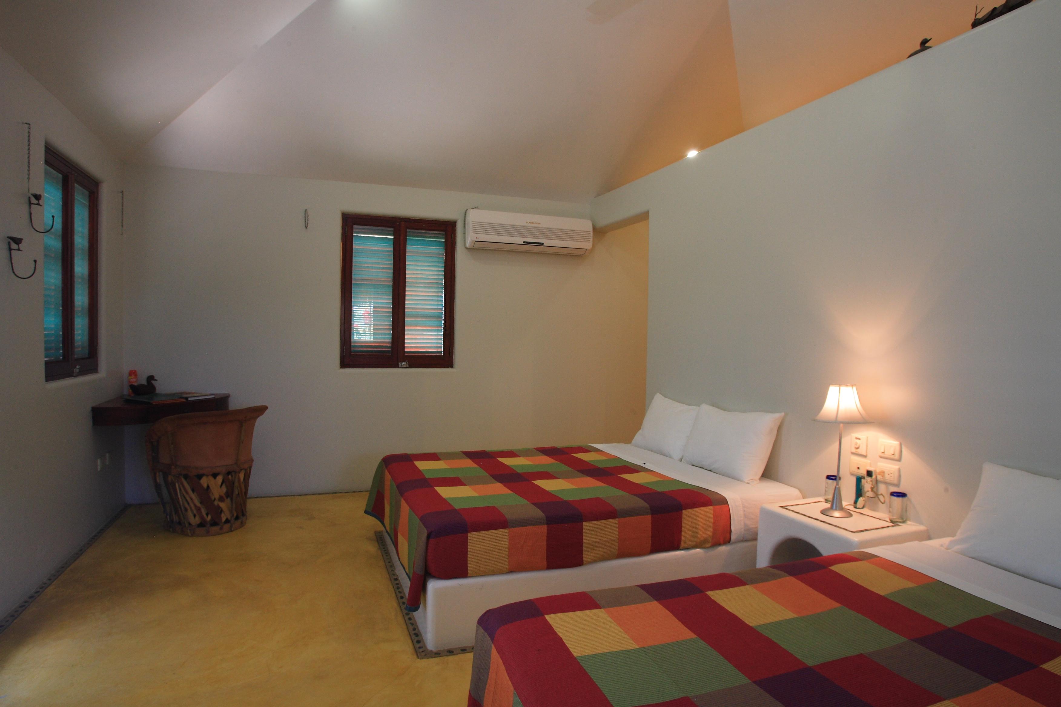 Room 4 CAZ12298